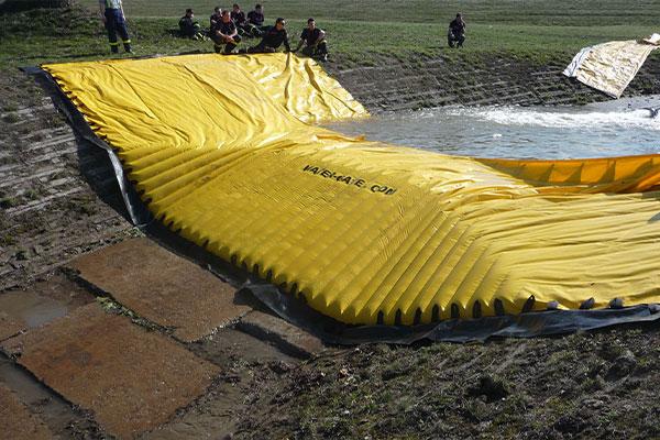 Tšekin siviiliturvallisuuden testaama joustava Water-Gate-kasetti © WA-50
